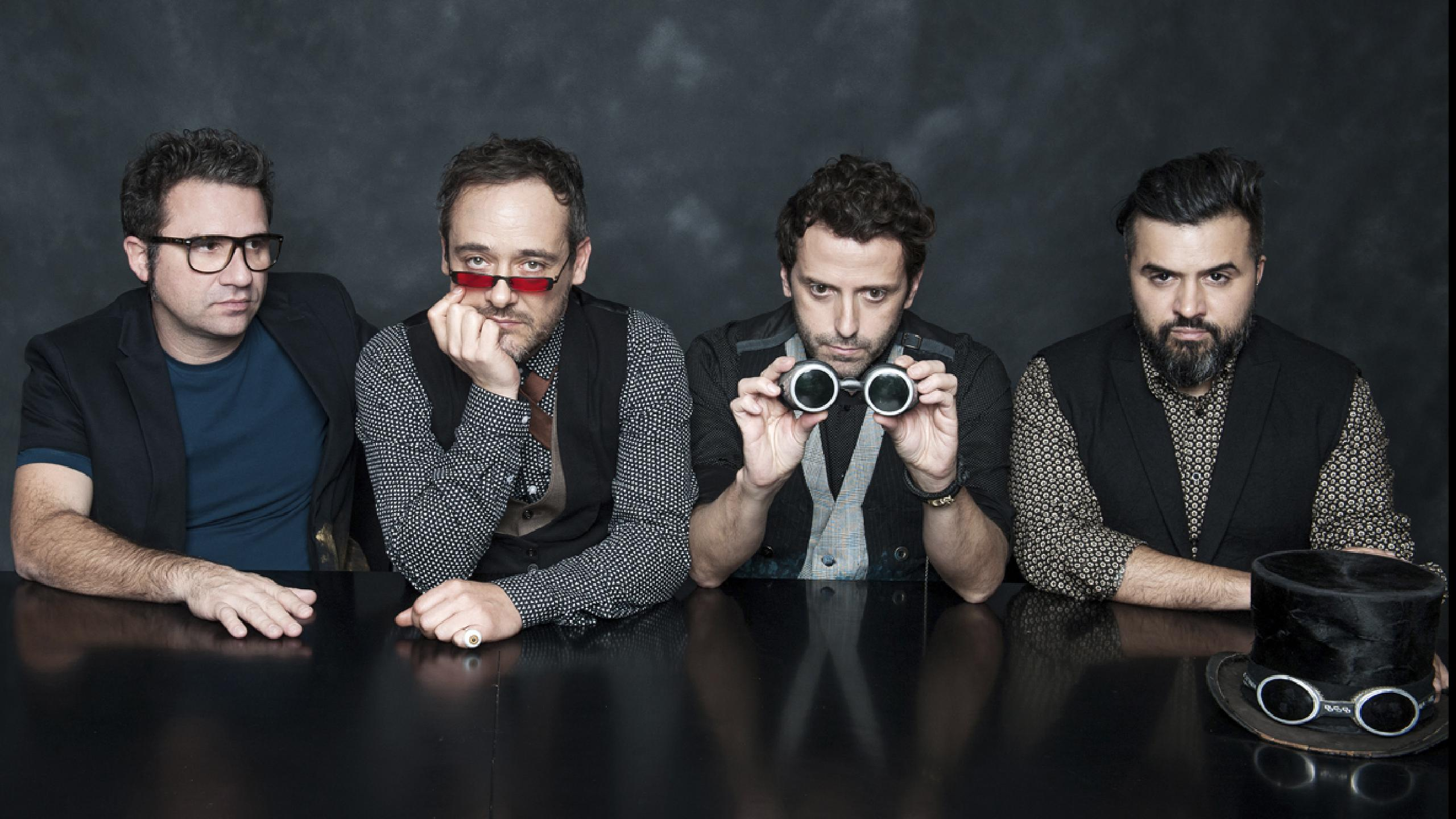 Love of Lesbian regresa a Sevilla con un espectáculo especial