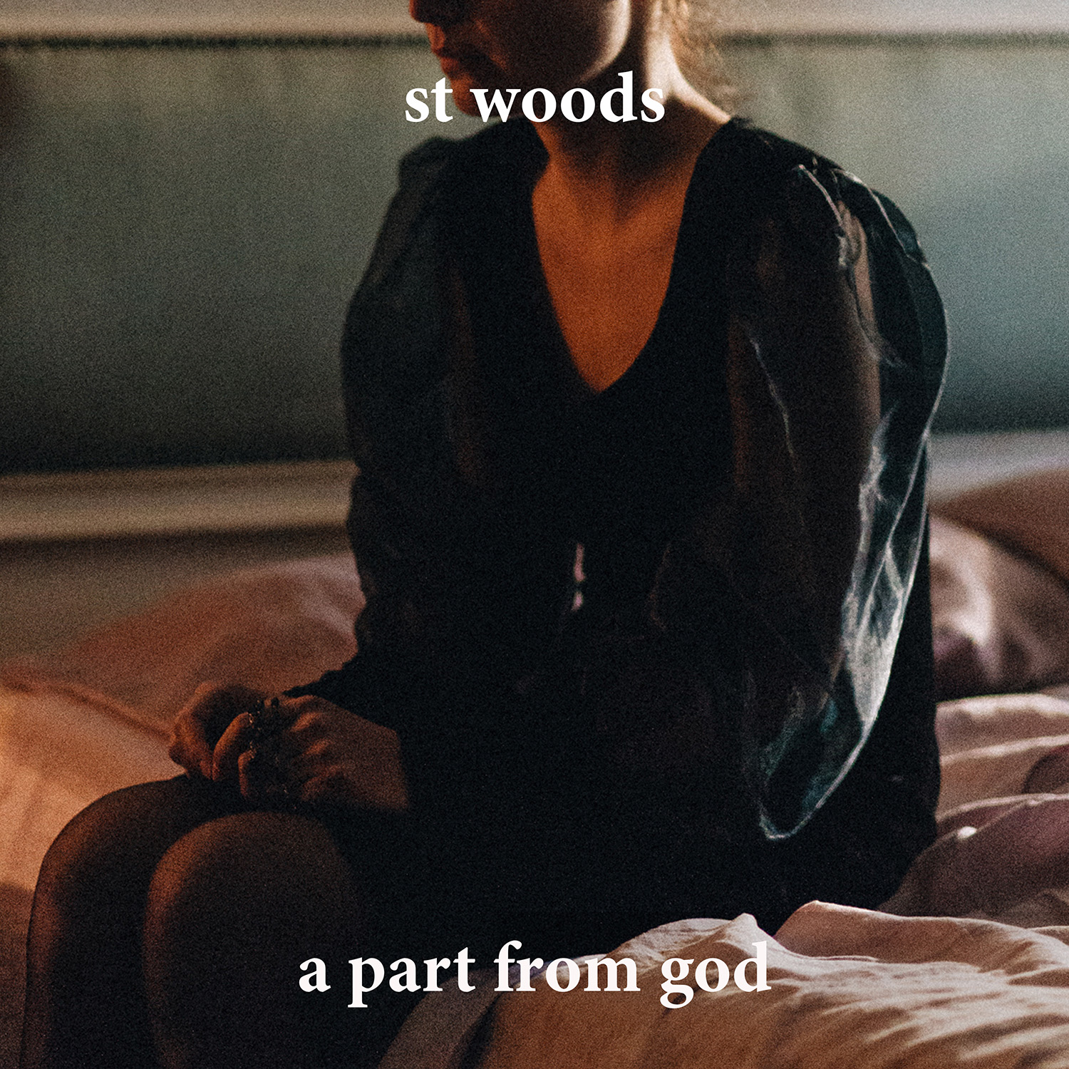 St Woods estrena su nuevo single 'A part from God'