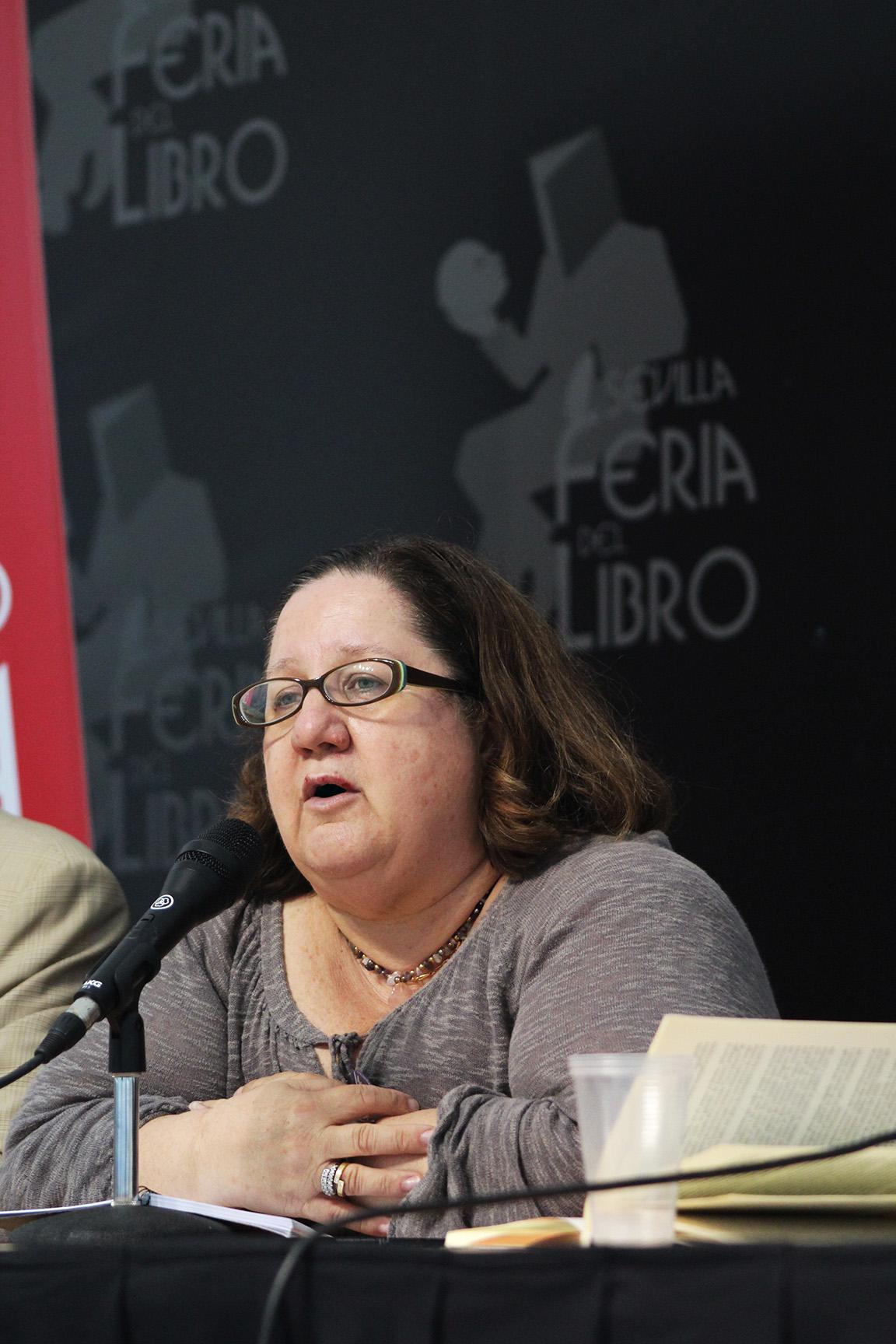 La Feria del Libro de Sevilla homenajea al escritor Julio M. de la Rosa