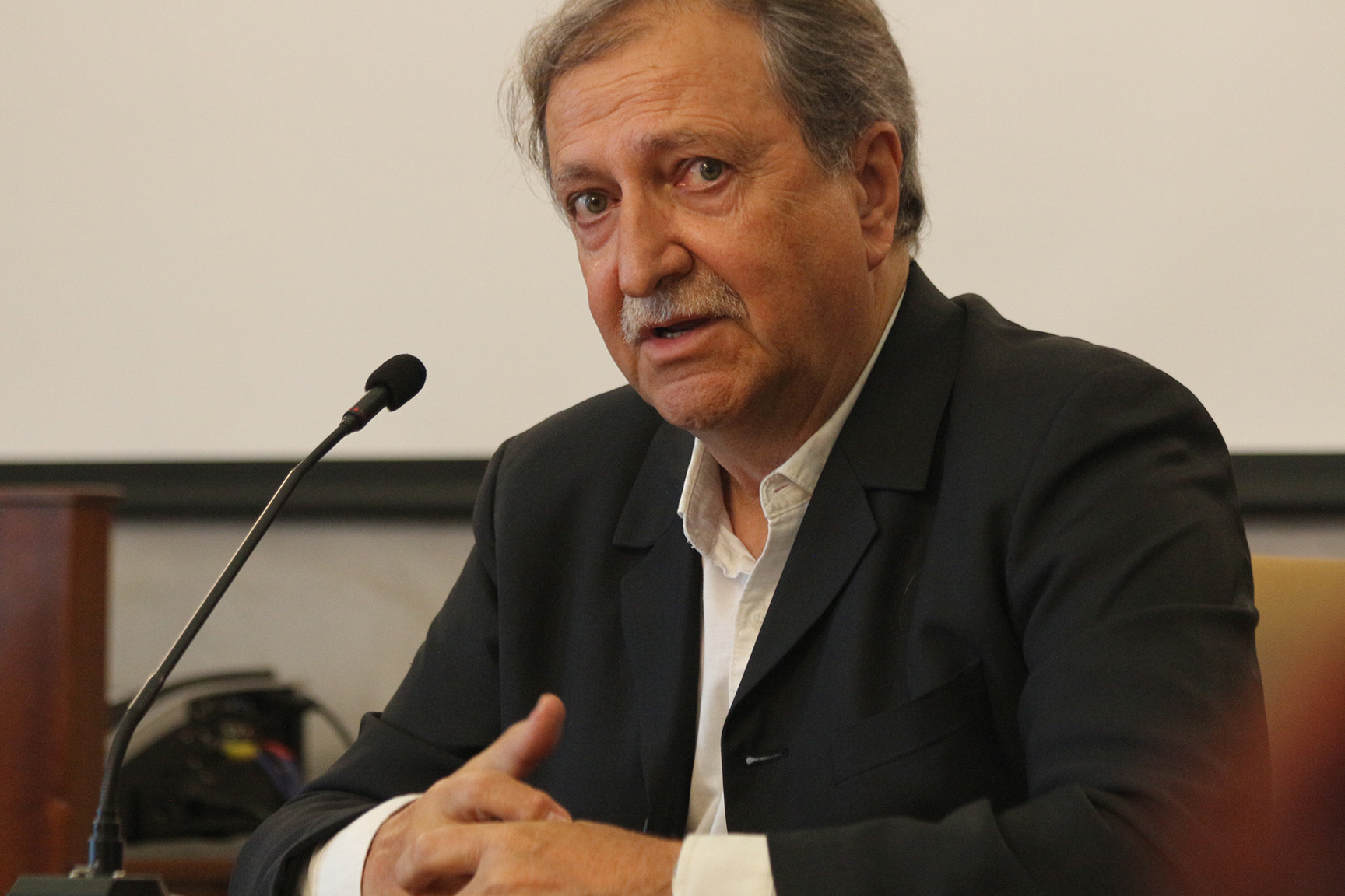 Paco Lobatón nos muestra el lado amargo de la vida