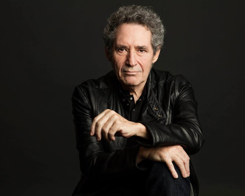 Miguel Ríos continúa con su aclamada Gira Symphonic Ríos