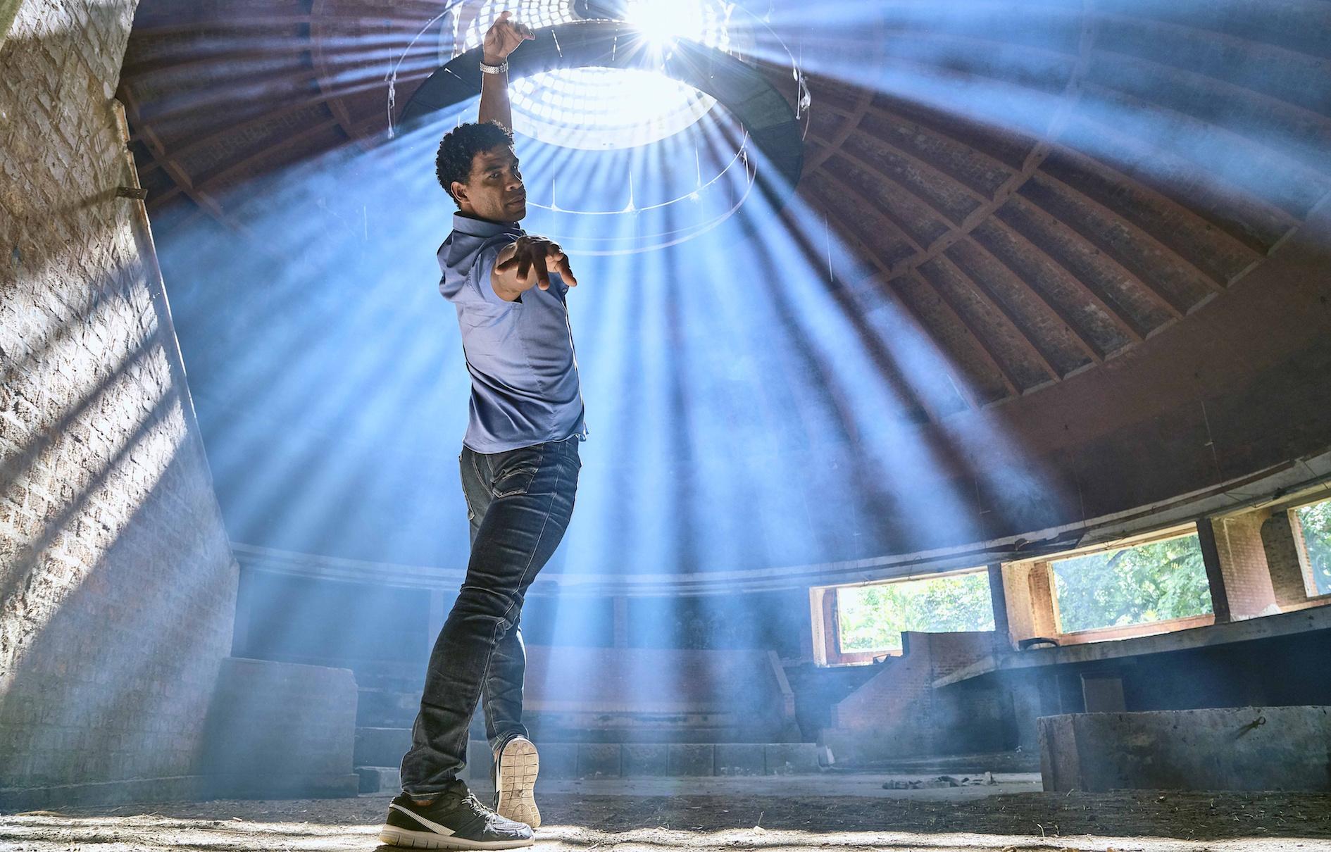 Estrenos: Icíar Bollaín lleva a la gran pantalla la vida del bailarín cubano Carlos Acosta en Yuli