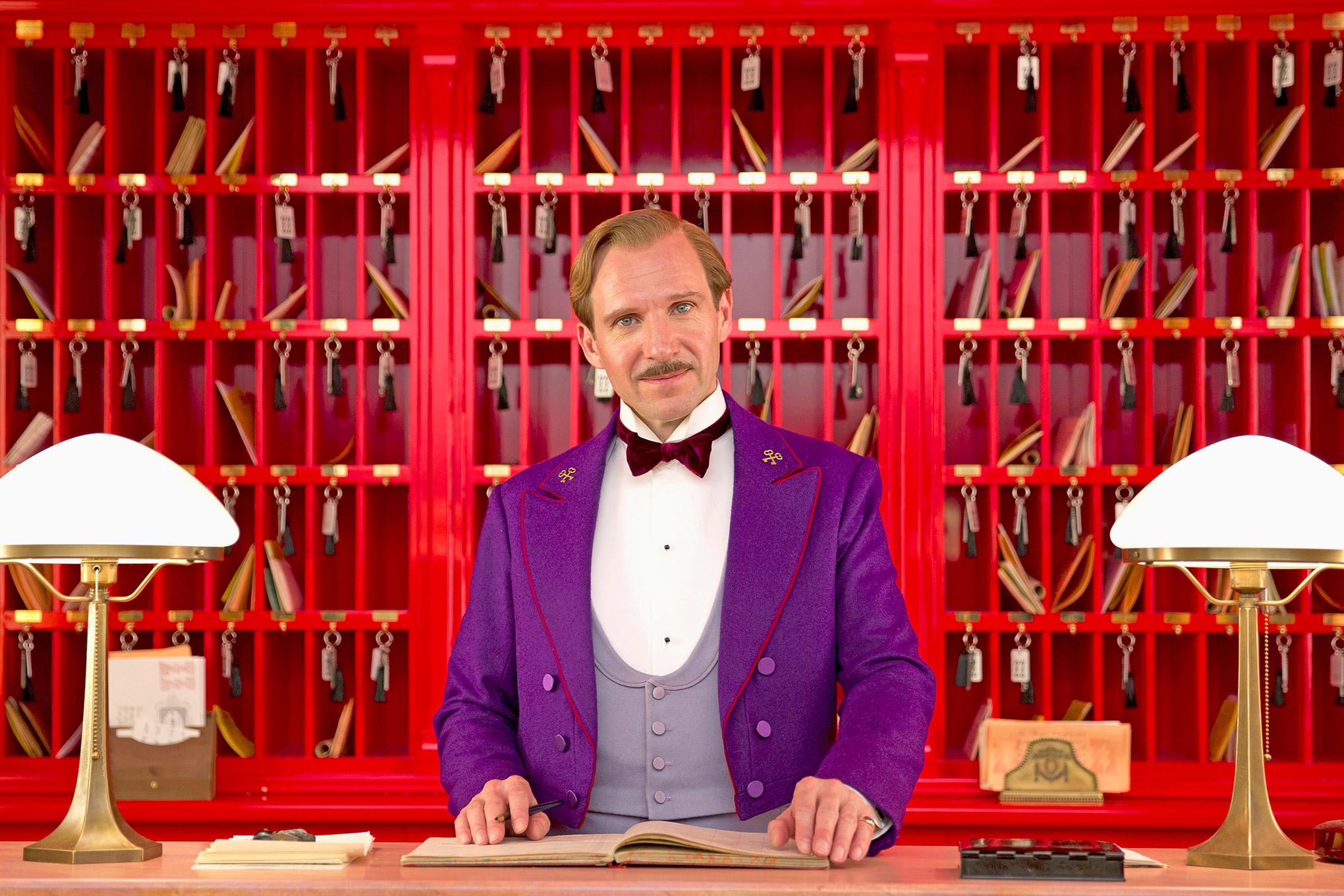Ralph Fiennes brilla en Sevilla en vísperas de los Premios EFA