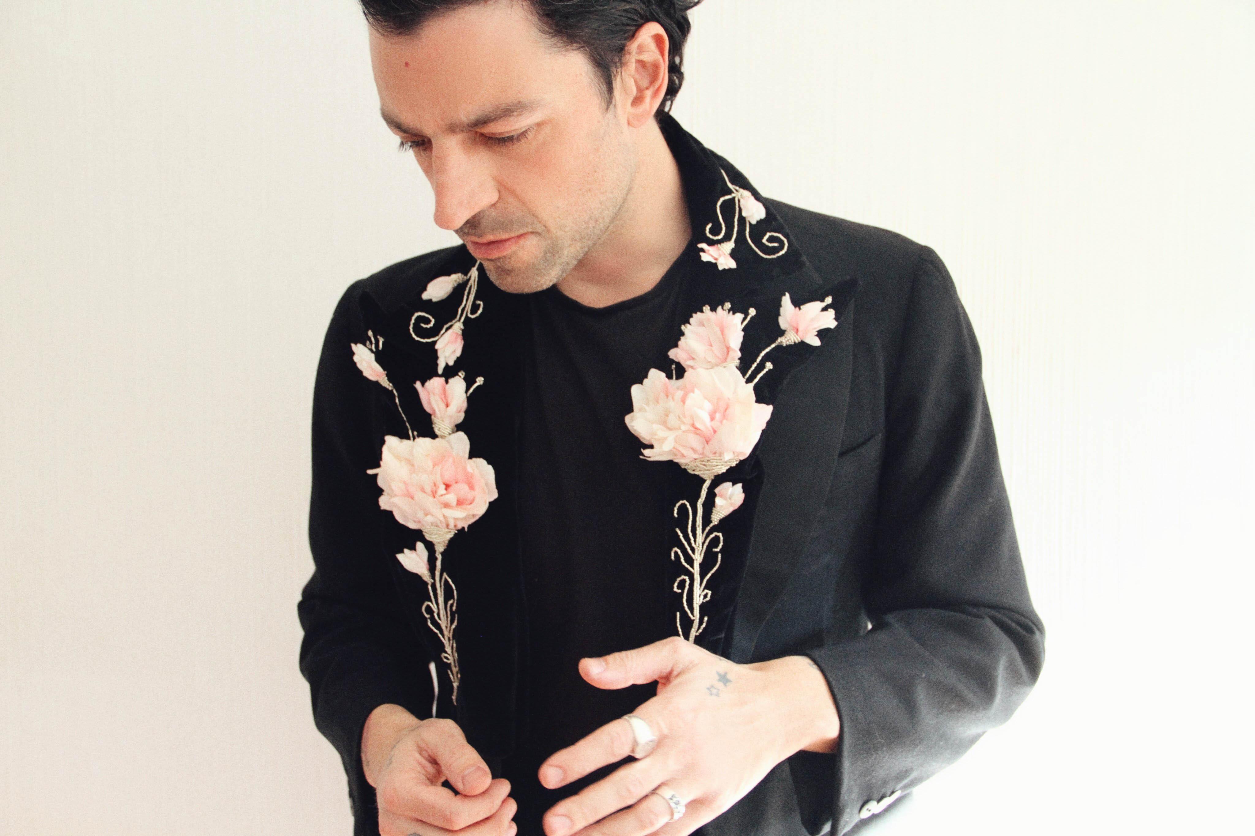 Luis Albert Segura publica 'Amenaza Tormenta', su nuevo disco en solitario