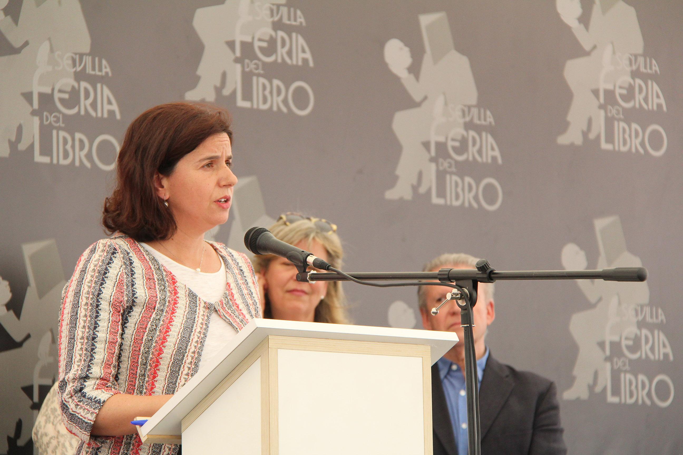 La Feria del Libro de Sevilla entrega sus premios anuales