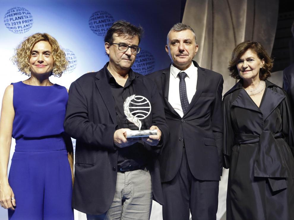 Javier Cercas, Premio Planeta 2019 por 'Terra Alta', y Manuel Vilas, finalista por 'Alegría'