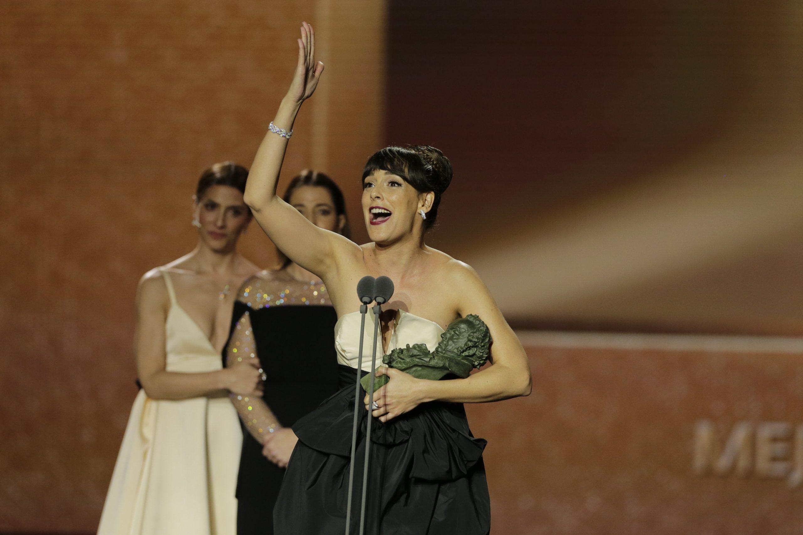 Pedro Almodóvar protagoniza con Dolor y gloria los premios Goya
