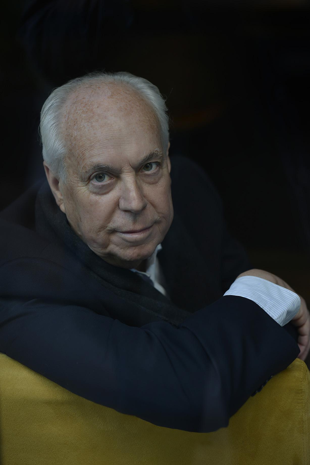 Eduardo Mendicutti inaugura la Feria del Libro de Sevilla 2020
