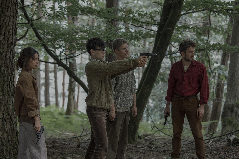 La línea invisible adelanta su estreno al 8 de abril