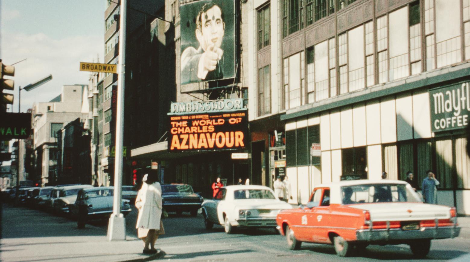 Aznavour by Charles, filmo, luego existo