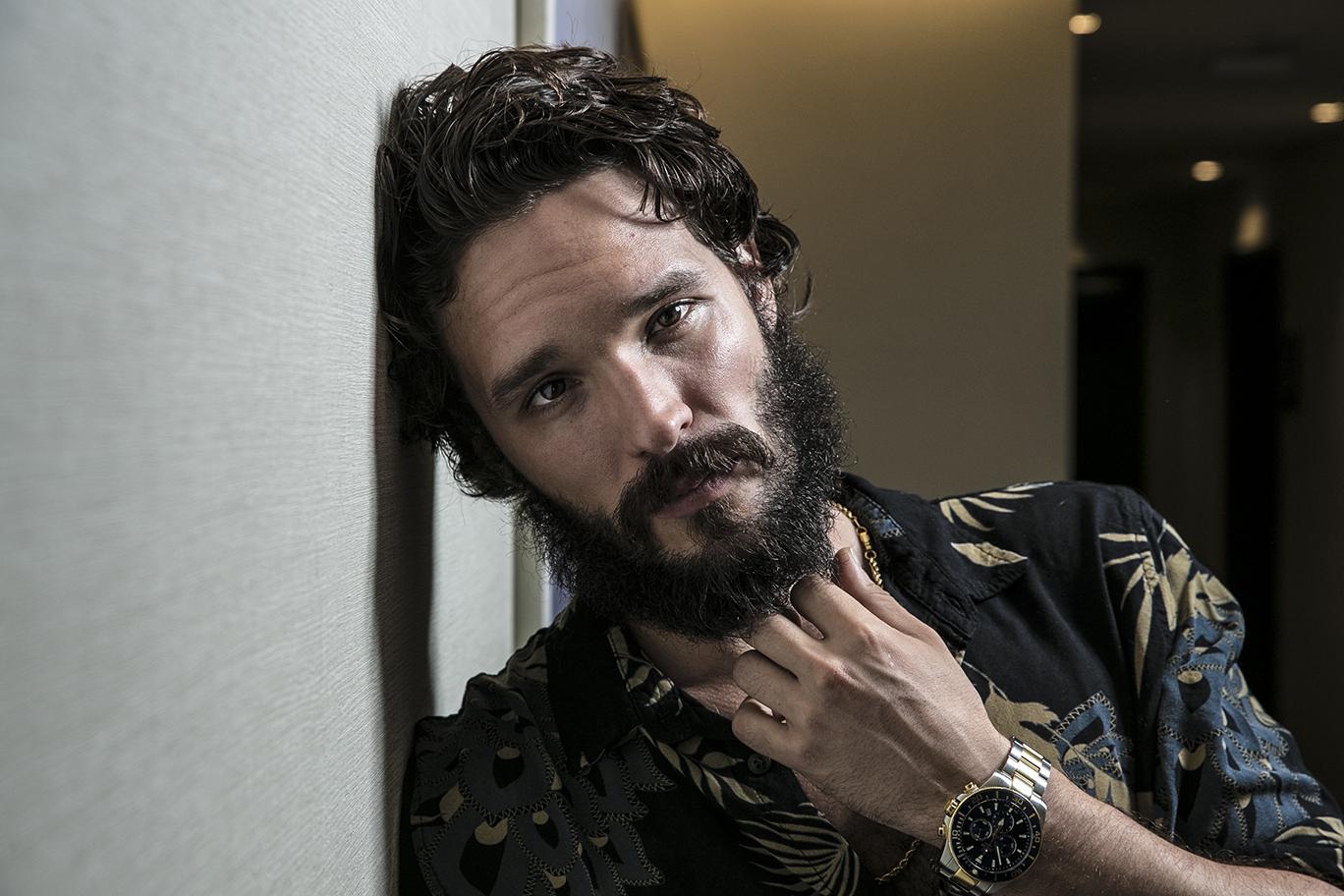 """Almagro San Miguel: """"Cuando me preguntan por ser actor, siempre digo que se formen antes en teatro"""""""